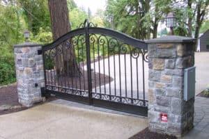 Iron Mountain Automated Custom Driveway Gate