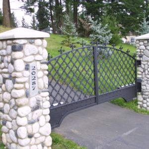 drivewaygateblacksmithdesigndamascusc2 Stratford gate systems