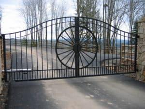 Western Custom Driveway Gate